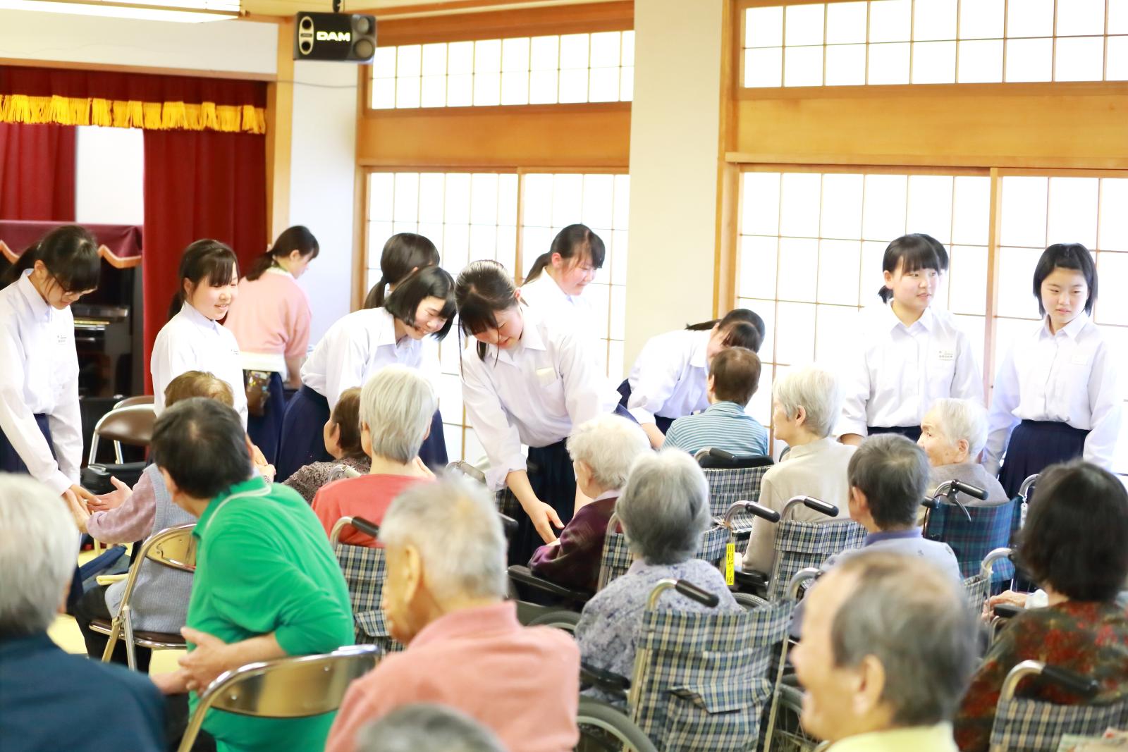 黒川中学校吹奏楽部演奏会開始