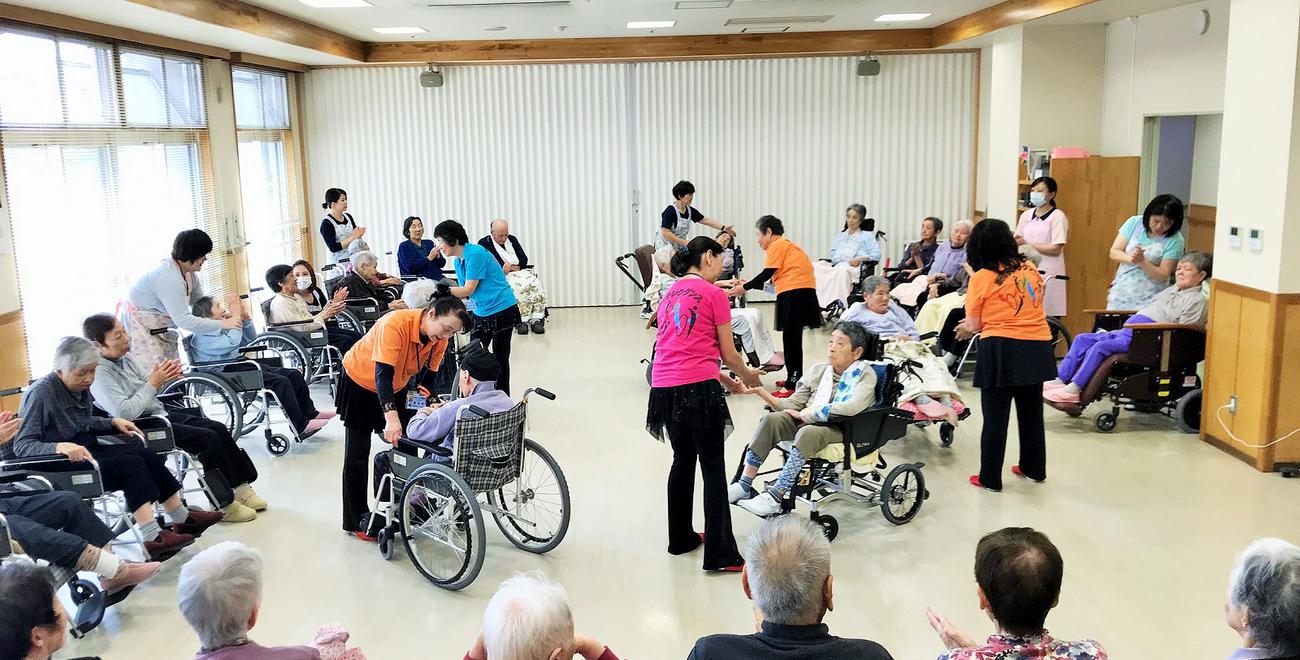 車椅子レクダンス